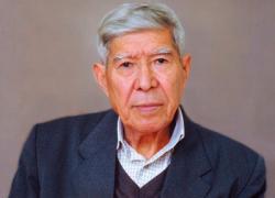 Турсунбай Адашбаев (1939)